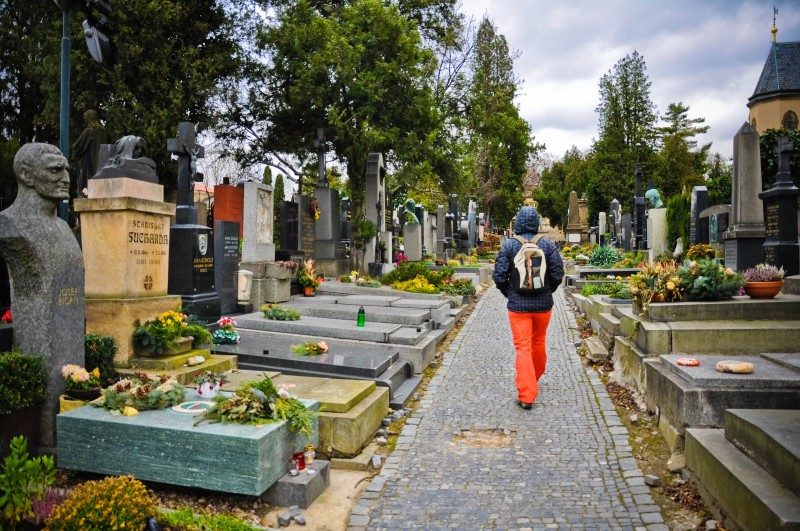 Relaxarea din cimitir