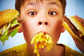 Copiii scoși din reclame și părinți cercetați