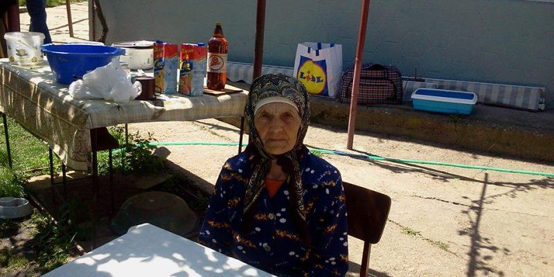 Bunica izvor de dragoste și simplitate